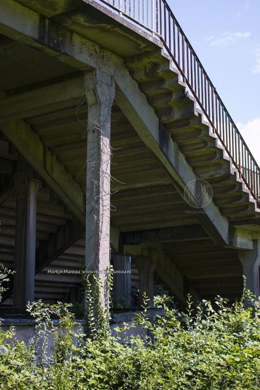 ...En het betonrot is overal aanwezig