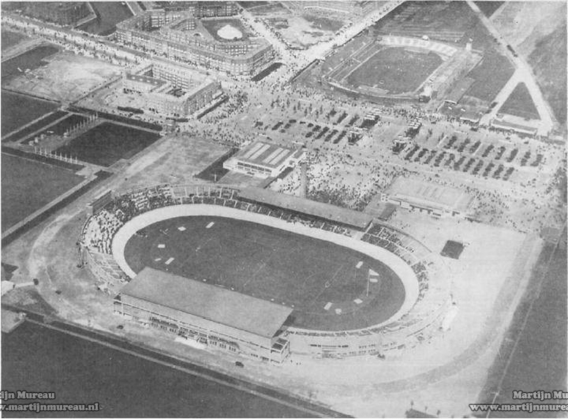 1928_Amsterdam_Olympic_Stadium_1.jpg
