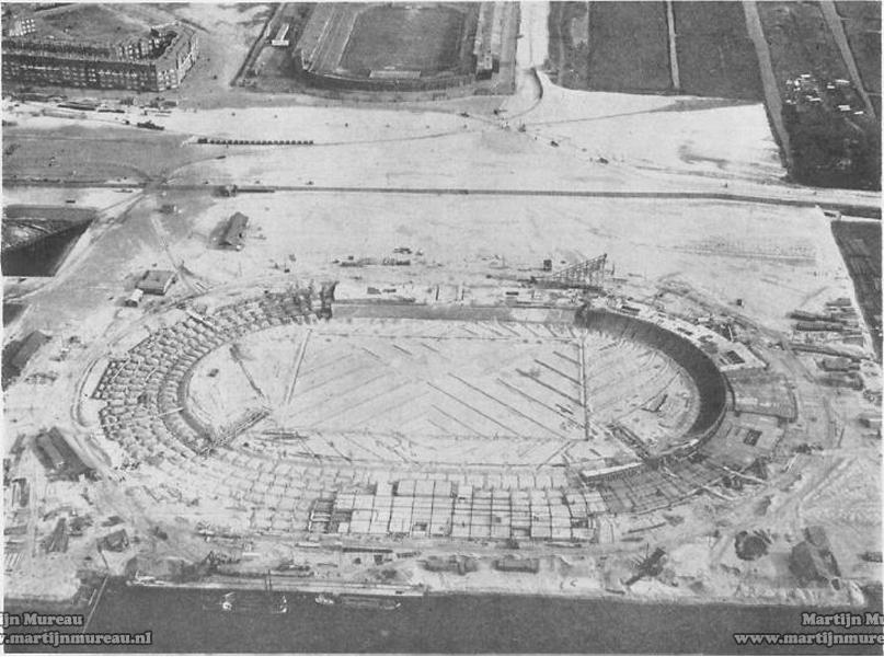 Olympisch_Stadion_Amsterdam_under_construction.jpg