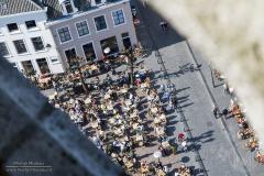 Bovenin de Grote Kerk van Breda, kijkend naar beneden