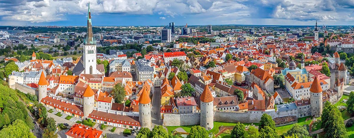 Skyline Riga, source: Wikipedia Commons