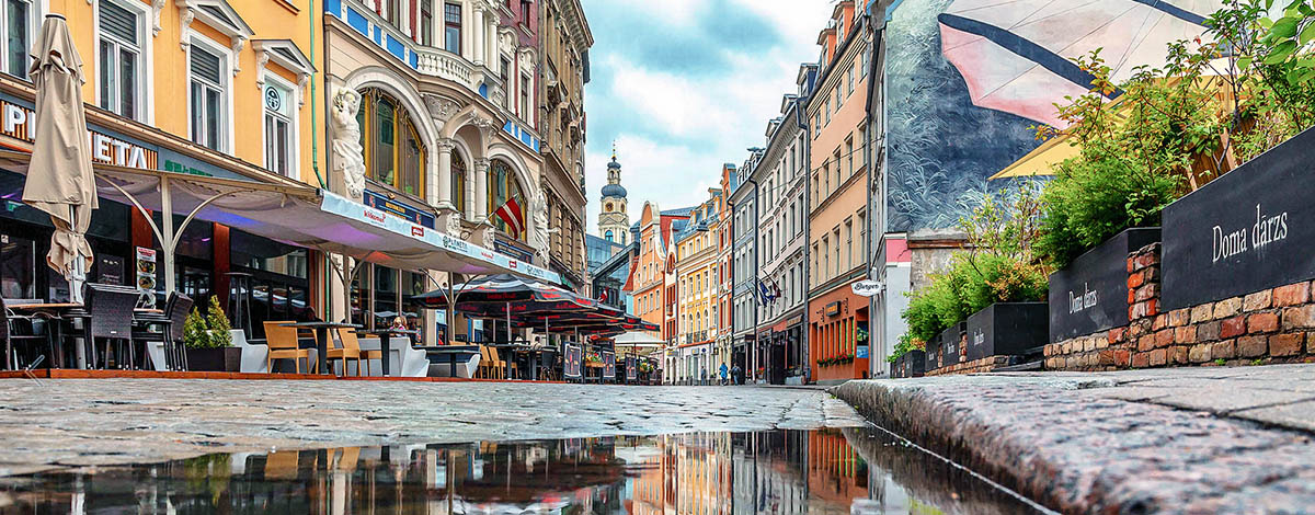 Street in Riga, source: Google Images, searchfilter licensed for free use. Photographer unknown