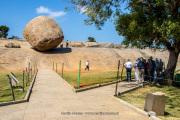 Kirshna's Butter Bowl, Mahabalipuram