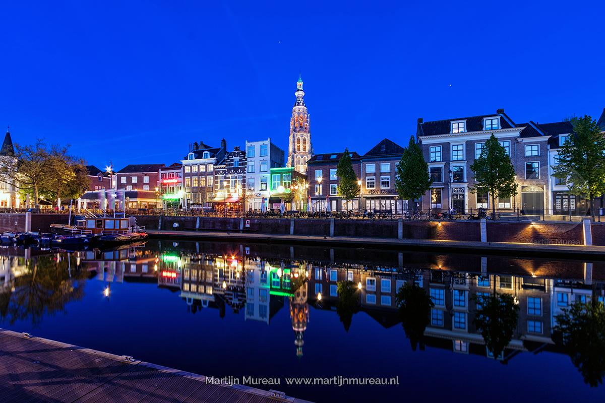 Het Blauwe Uurtje aan de Haven van Breda