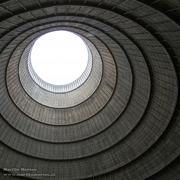 Binnenkant koeltoren Power Plant IM
