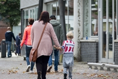 Sparta fan met zijn moeder naar de wedstrijd